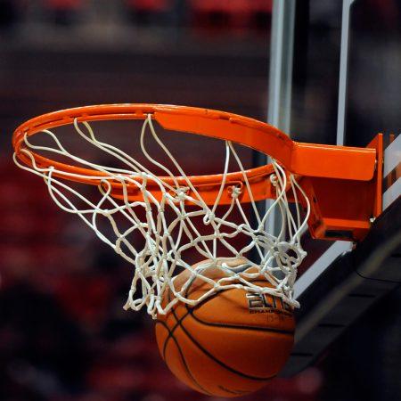 33 Basketball Plays (Get More Open Shots & Layups)